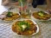 Карпатські деруни зі шкварками і домашнью сметанкою після велотріпу смакують найкраще!