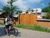 В селах ще можна зустріти добротні дерев'яні брами і паркани
