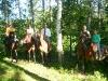 Верхи на конях Карпатами