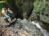 Вхід до печери Довбуша