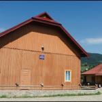 Будинок культури в селі Брустури