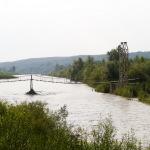 Ідея була переїхати Прут у цьому місці. Міст символічно поєднує Карпати і Некарпати