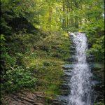 Лужківський водоспад в селі Великий Рожин